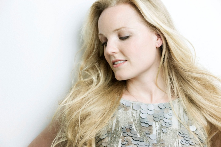 The Theatre Hub catches up with KerryEllis