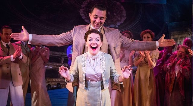 9037382_review-sheridan-smith-is-the-greatest-star_d1f09ef3_m.jpg