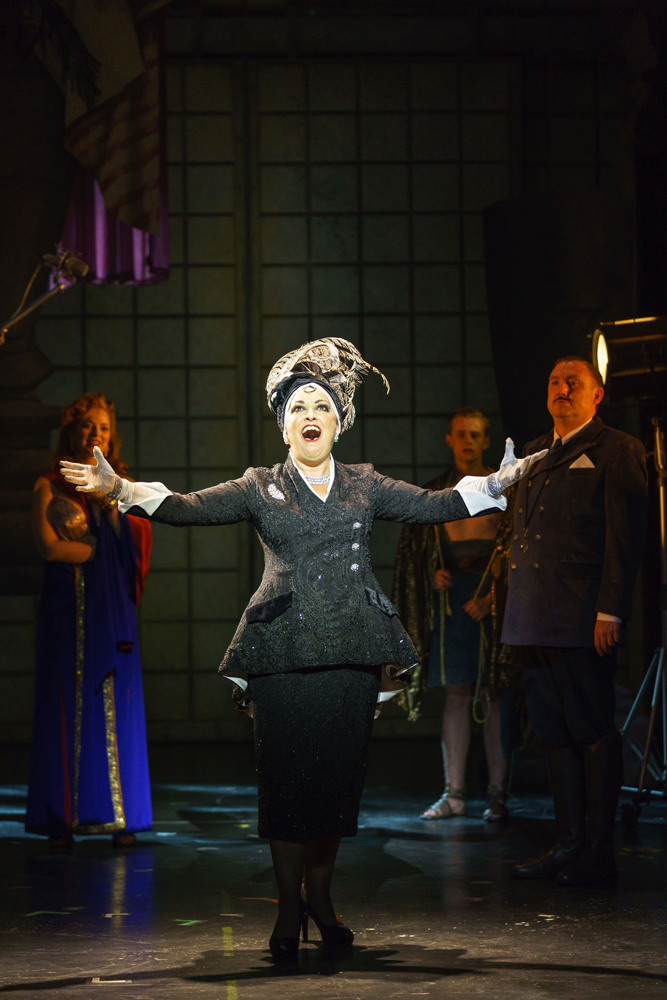Review: Sunset Boulevard (New Victoria, Woking)